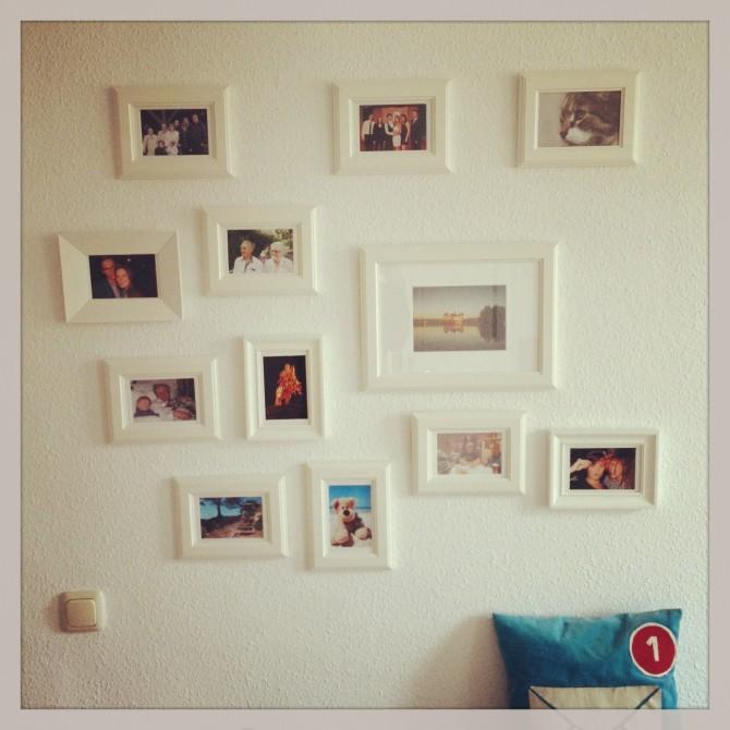 Noch mehr Bilder an der Wand.