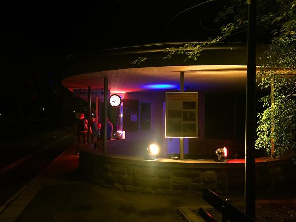12von12_11_Bahnhof